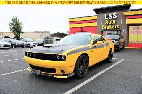 2018 Dodge Challenger for sale at L & S AUTO BROKERS in Fredericksburg VA