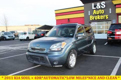 2011 Kia Soul for sale at L & S AUTO BROKERS in Fredericksburg VA