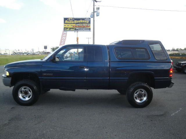 2001 dodge ram pickup 2500 quad cab 4wd diesel in fredericksburg va l s auto brokers. Black Bedroom Furniture Sets. Home Design Ideas