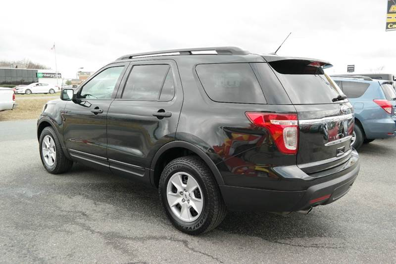 2013 ford explorer 3rd row low miles in fredericksburg. Black Bedroom Furniture Sets. Home Design Ideas