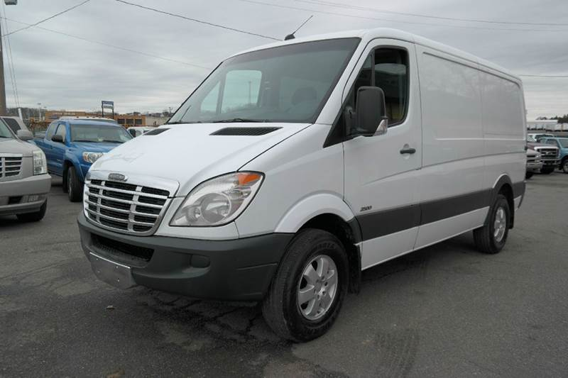 2010 mercedes benz sprinter cargo 2500 diesel 3dr for Mercedes benz 2500 cargo van
