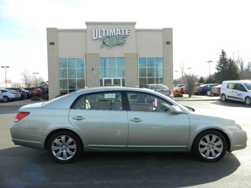 2007 toyota avalon xls 4dr sedan in appleton wi ultimate. Black Bedroom Furniture Sets. Home Design Ideas