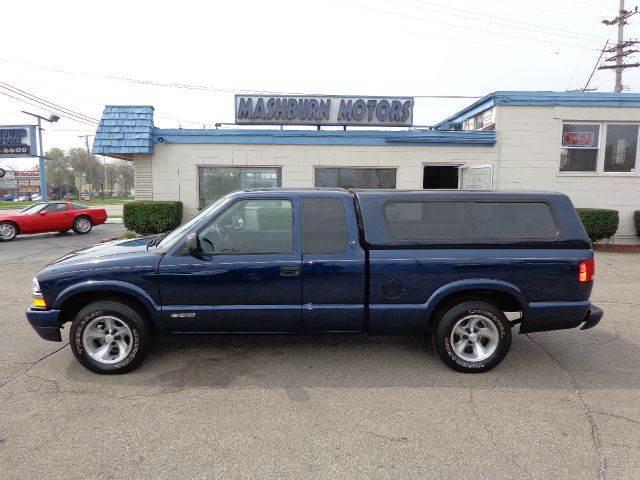 2000 Chevrolet S-10 for sale at Mashburn Motors in Saint Clair MI