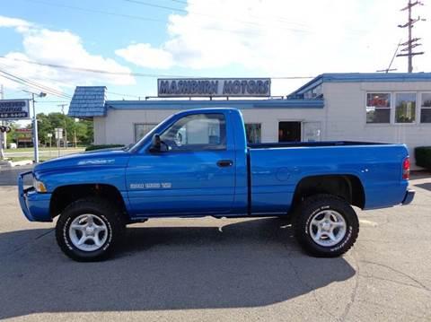 2001 Dodge Ram Pickup 1500 for sale at Mashburn Motors in Saint Clair MI