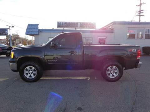 2009 GMC Sierra 1500 for sale at Mashburn Motors in Saint Clair MI