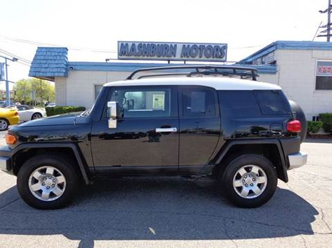 2007 Toyota FJ Cruiser for sale at Mashburn Motors in Saint Clair MI