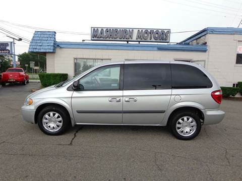 2007 Chrysler Town and Country for sale at Mashburn Motors in Saint Clair MI