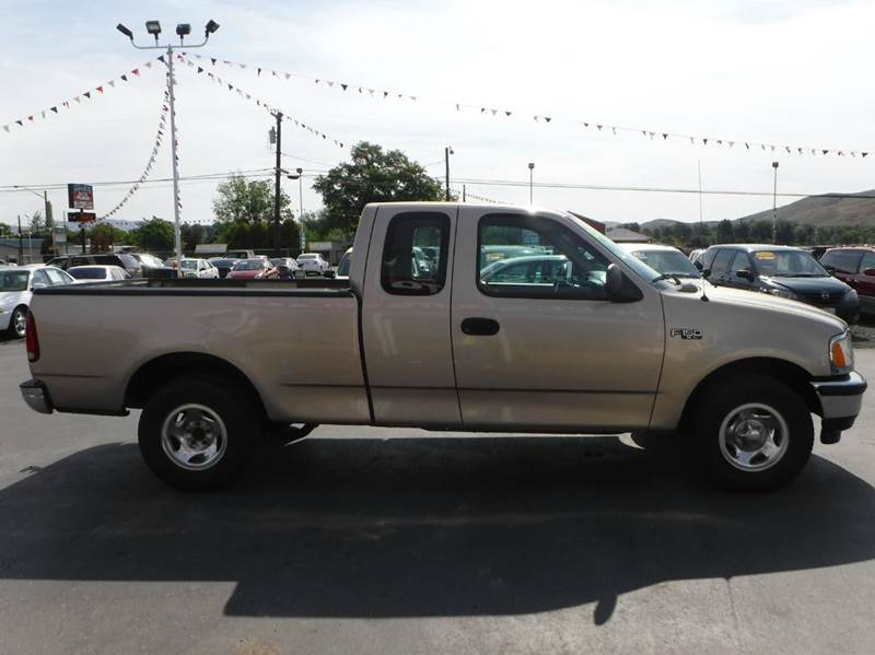 1997 Ford F-150 for sale at True's Auto Plaza in Union Gap WA