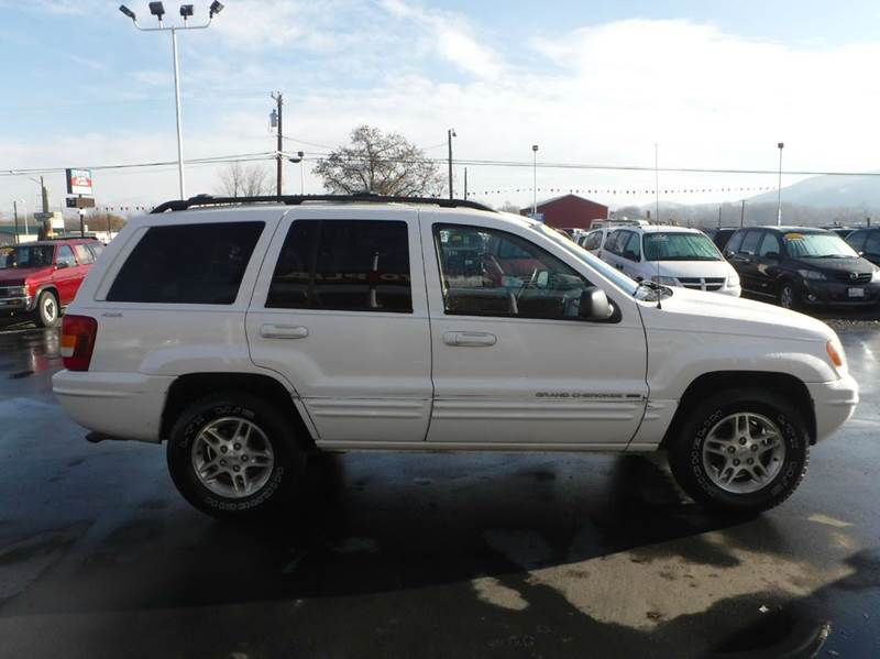 1999 Jeep Grand Cherokee for sale at True's Auto Plaza in Union Gap WA
