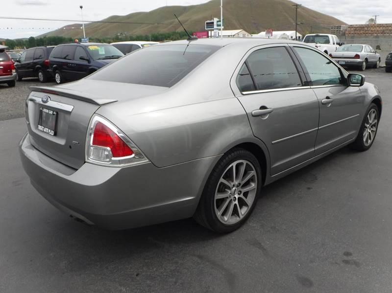 2009 Ford Fusion for sale at True's Auto Plaza in Union Gap WA