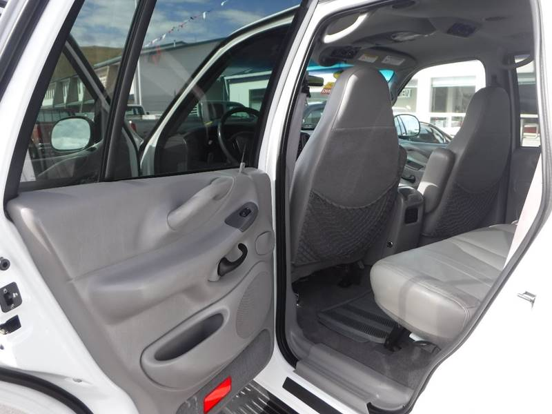 1999 Ford Expedition for sale at True's Auto Plaza in Union Gap WA