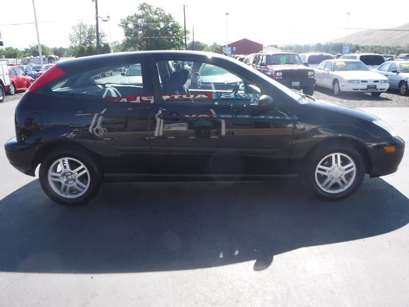 2001 Ford Focus for sale at True's Auto Plaza in Union Gap WA
