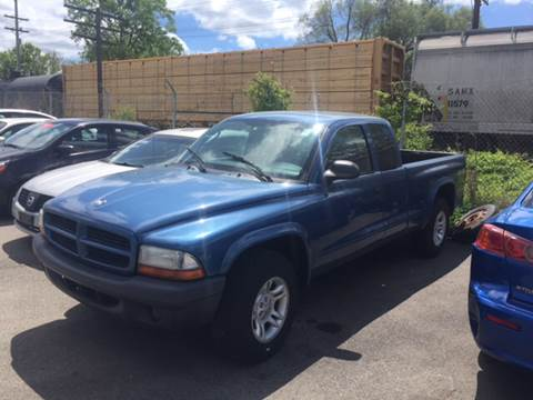 2003 Dodge Dakota for sale at Mr. Auto in Hamilton OH