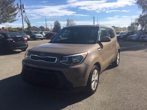 2015 Kia Soul for sale at Mr. Auto in Hamilton OH