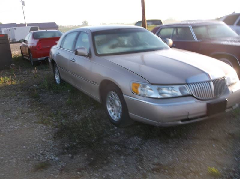 1998 Lincoln Town Car Signature 4dr Sedan In Lockridge Ia