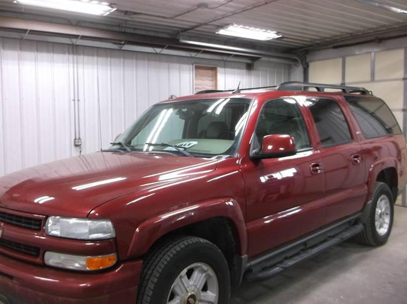 2005 Chevrolet Suburban for sale at PREFERRED AUTO SALES in Lockridge IA