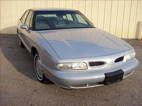 1997 Oldsmobile Eighty-Eight for sale in New Haven, IN