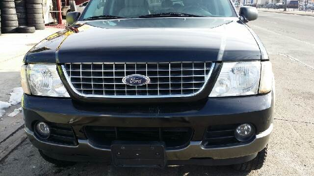 2005 Ford Explorer for sale in Jamaica, NY
