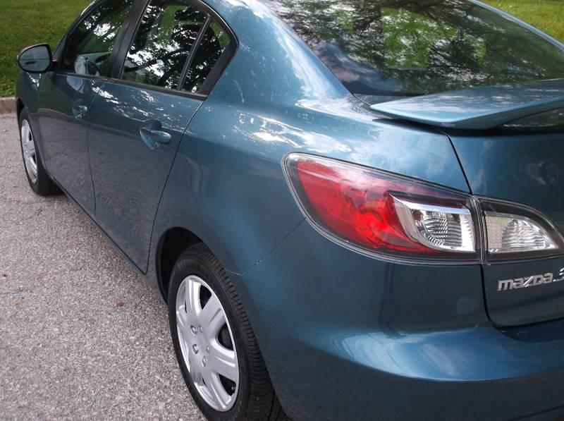 2011 Mazda MAZDA3 i Touring 4dr Sedan 5A - Kansas City MO
