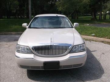 2005 Lincoln Town Car for sale at Royal Auto Sales KC in Kansas City MO