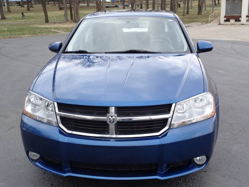 2010 Dodge Avenger for sale at Royal Auto Sales KC in Kansas City MO