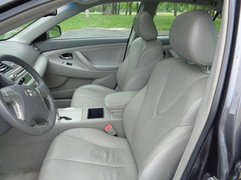 2009 Toyota Camry Hybrid 4dr Sedan - Kansas City MO