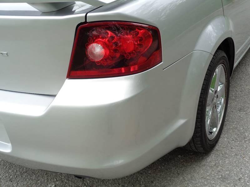 2012 Dodge Avenger SE 4dr Sedan - Kansas City MO