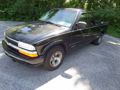 1999 Chevrolet S-10 for sale in Bloomington, IN