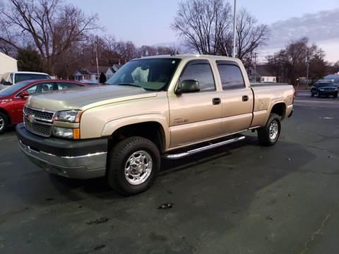 2005 Chevrolet Silverado 2500HD for sale at Advantage Auto Sales & Imports Inc in Loves Park IL
