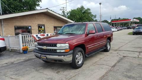 2002 Chevrolet Suburban for sale at Advantage Auto Sales & Imports Inc in Loves Park IL