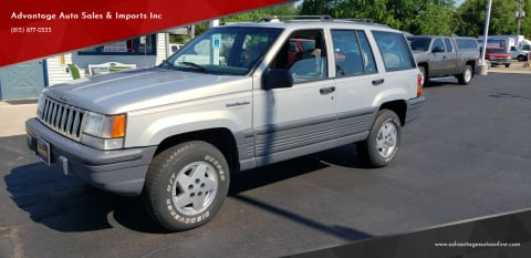 1995 Jeep Grand Cherokee for sale at Advantage Auto Sales & Imports Inc in Loves Park IL