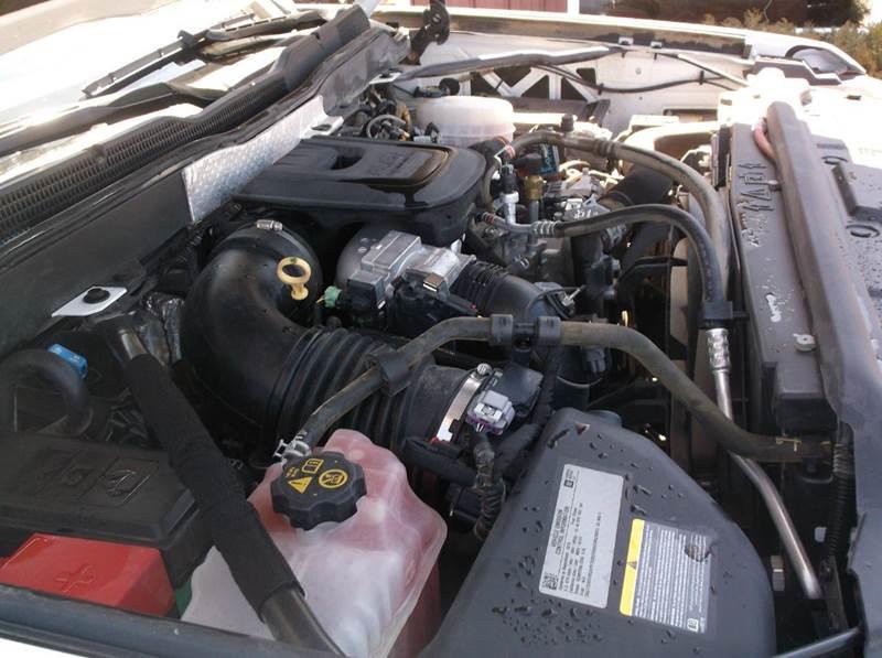 2016 Chevrolet Silverado 2500HD LT 4x4 4dr Crew Cab SB - Redgranite WI