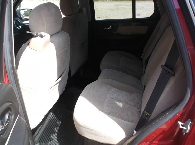 2005 GMC Envoy SLE 4WD 4dr SUV - Redgranite WI