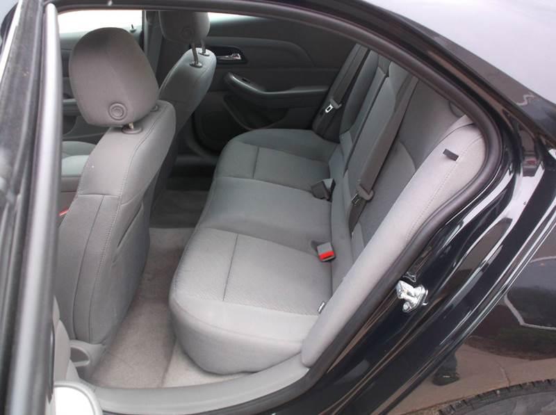 2015 Chevrolet Malibu LS 4dr Sedan - Redgranite WI