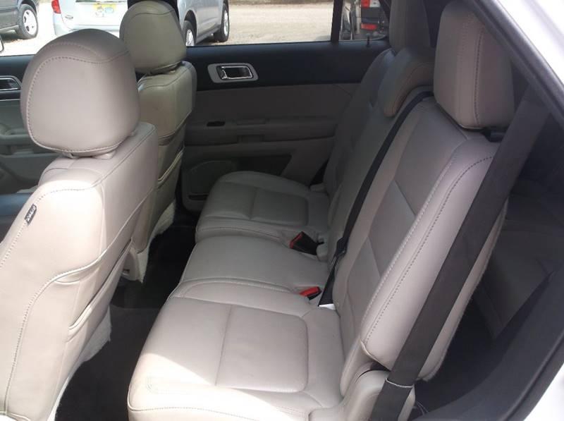 2013 Ford Explorer AWD XLT 4dr SUV - Redgranite WI