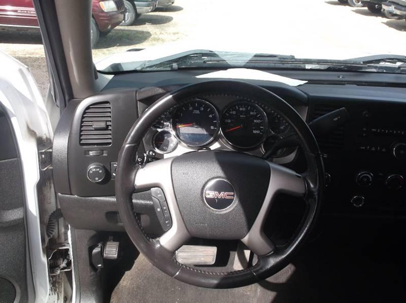 2010 GMC Sierra 3500HD 4x4 SLE 4dr Crew Cab SRW - Redgranite WI