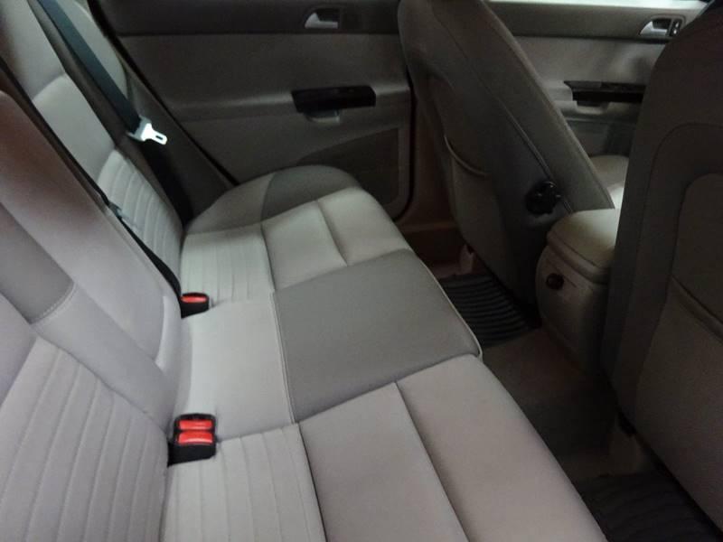 2006 Volvo S40 2.4i 4dr Sedan - West Allis WI