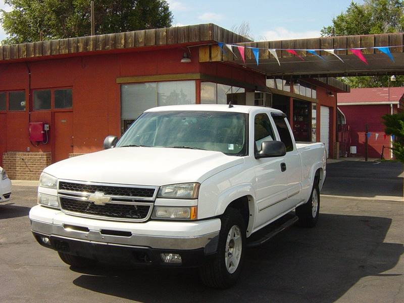 2006 Chevrolet Silverado 1500 LS 4dr Extended Cab 4WD 6.5 ft. SB - Greeley CO