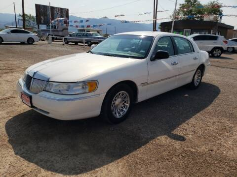 1998 Lincoln Town Car for sale at Bickham Used Cars in Alamogordo NM