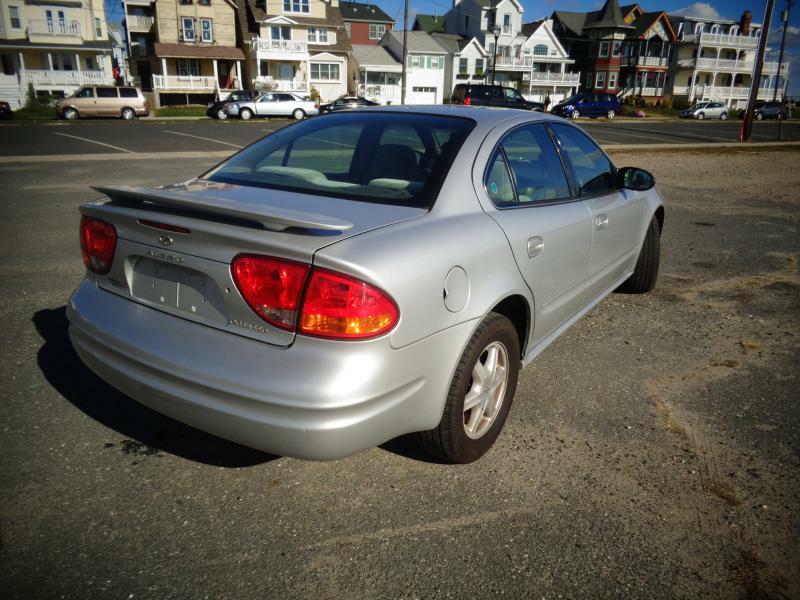 2002 oldsmobile alero gl 4dr sedan w1sa in ocean grove nj vehicle options sciox Image collections