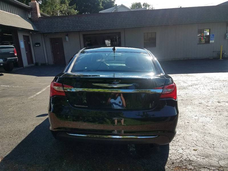 2014 Chrysler 200 Touring 4dr Sedan - East Prospect PA