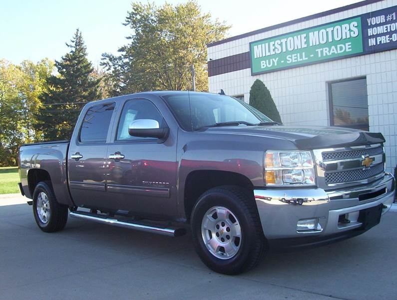 2012 Chevrolet Silverado 1500 for sale at MILESTONE MOTORS in Chesterfield MI