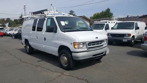 2002 Ford E-Series Cargo for sale at Gateway Motors in Hayward CA