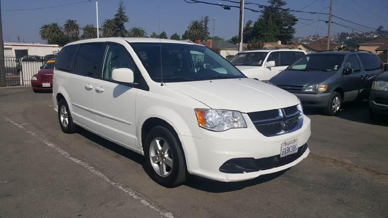 2012 Dodge Grand Caravan for sale at Gateway Motors in Hayward CA