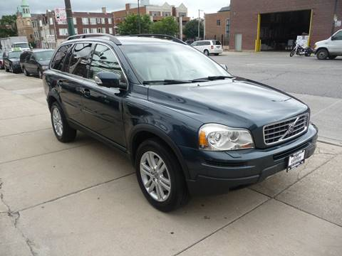 2007 Volvo XC90 for sale at CAR CENTER INC in Chicago IL