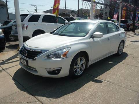 2013 Nissan Altima for sale at Car Center in Chicago IL