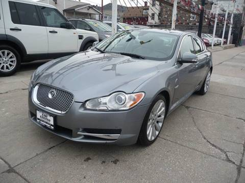 2009 Jaguar XF for sale at CAR CENTER INC in Chicago IL