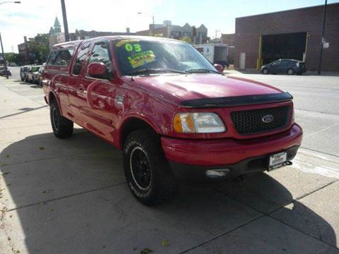2003 Ford F-150 for sale at CAR CENTER INC in Chicago IL