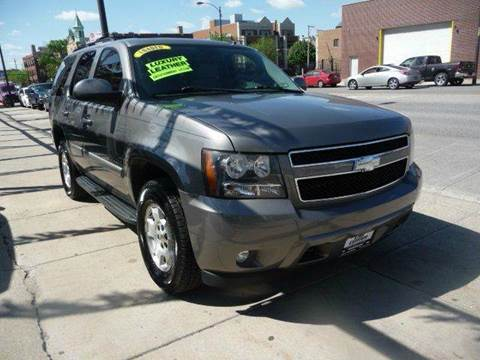 2008 Chevrolet Tahoe for sale at CAR CENTER INC in Chicago IL