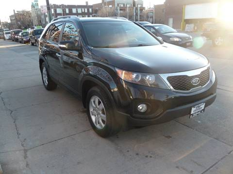 2013 Kia Sorento for sale at CAR CENTER INC in Chicago IL